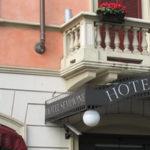 Как бронировать отель